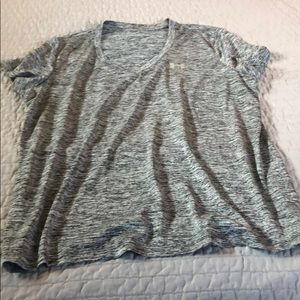 Under Armour Tops - UA dry fit tee sz XL